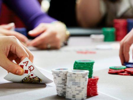 Hướng dẫn những bước đi đầu tiên trên bàn cược Poker