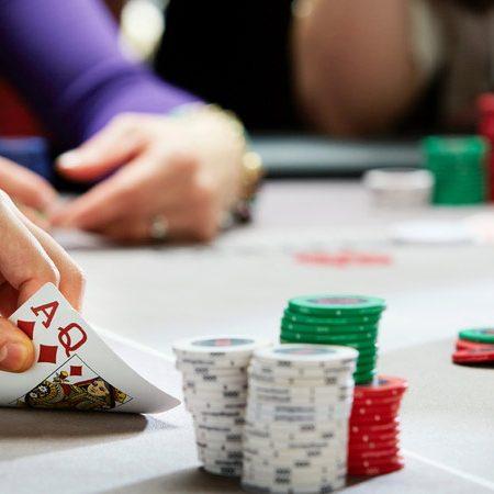 """Thủ thuật Poker để trở thành """"Cao thủ"""""""