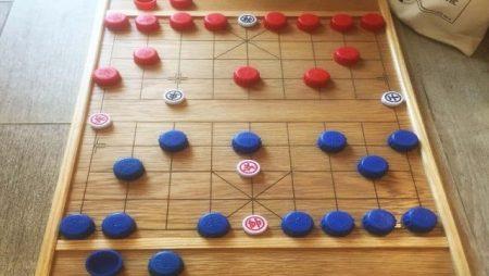 Tìm hiểu cách chơi cờ úp cơ bản và chi tiết nhất hiện nay
