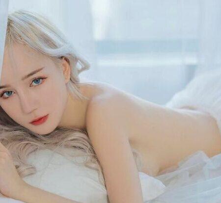 Phan Hoàng Thiên Thy – Hot girl Streamer nude đẹp như tranh vẽ