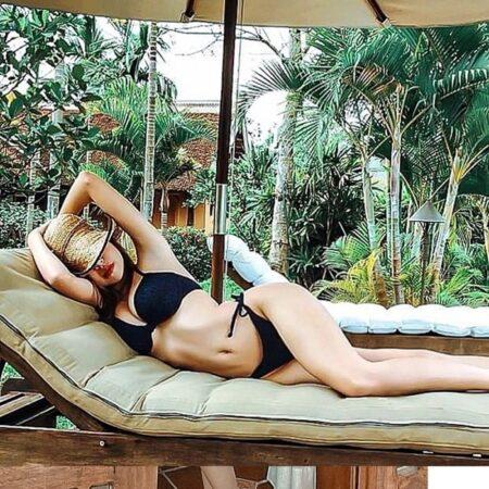 Elly Trần bán nude táo bạo khoe đường cong chữ S